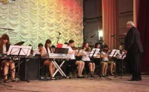 Эстрадный оркестр школы, рук. А. Л. Рыбников